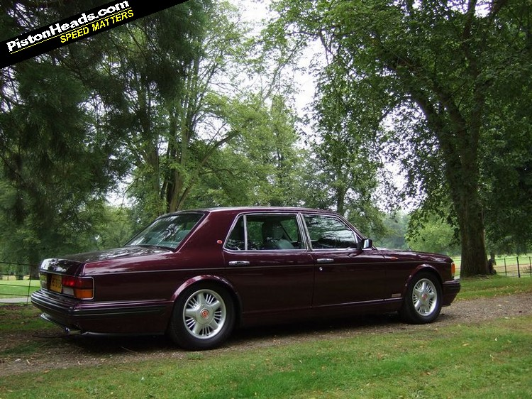 Bentley Turbo R photo 14