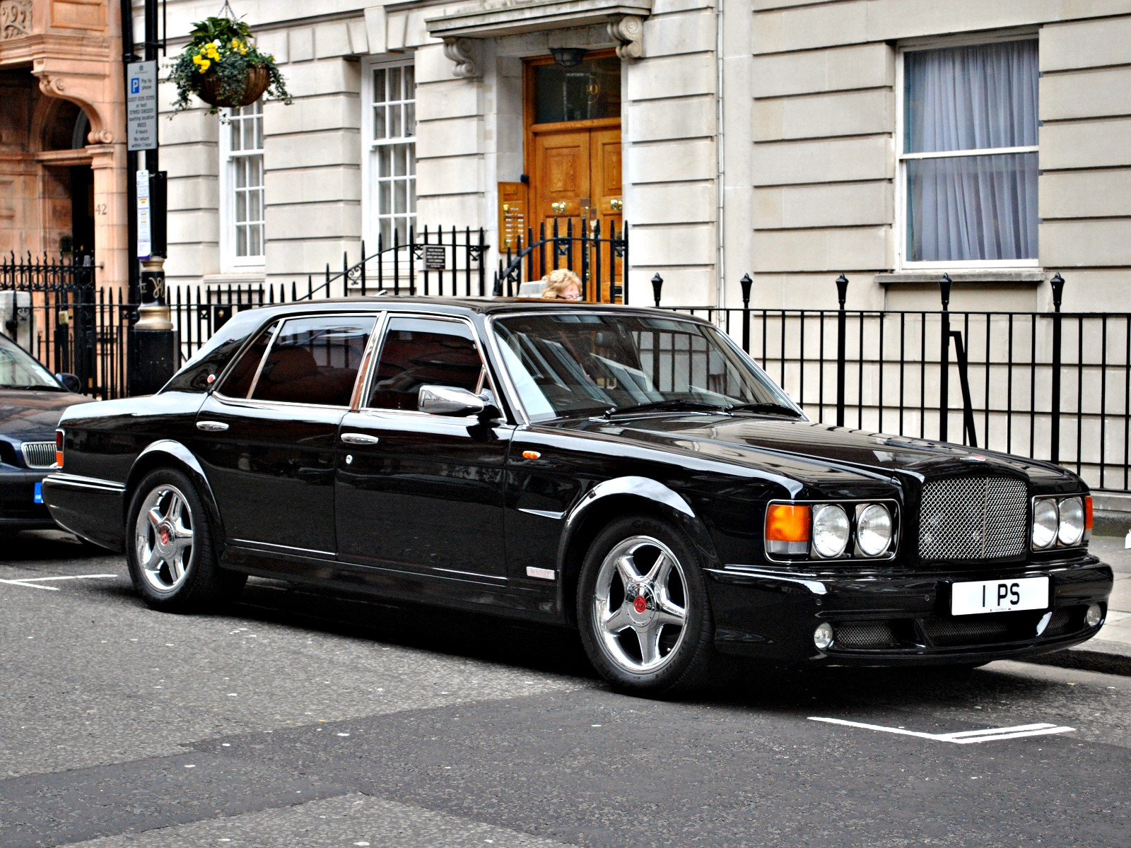 Bentley Turbo RT photo 01