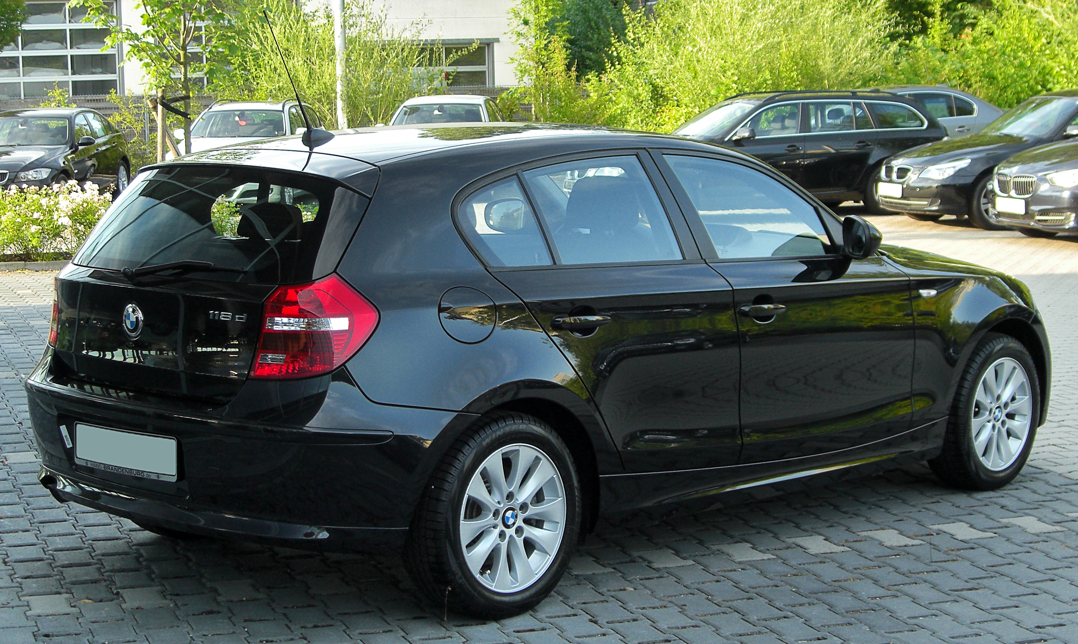 bmw 118d technical details history photos on better parts ltd. Black Bedroom Furniture Sets. Home Design Ideas