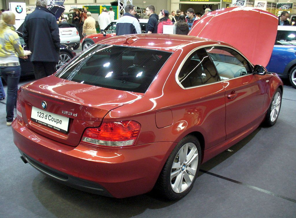 BMW 123d Coupé photo 02
