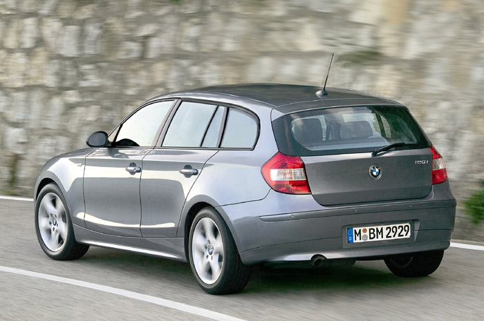 bmw 1er touring technical details history photos on. Black Bedroom Furniture Sets. Home Design Ideas