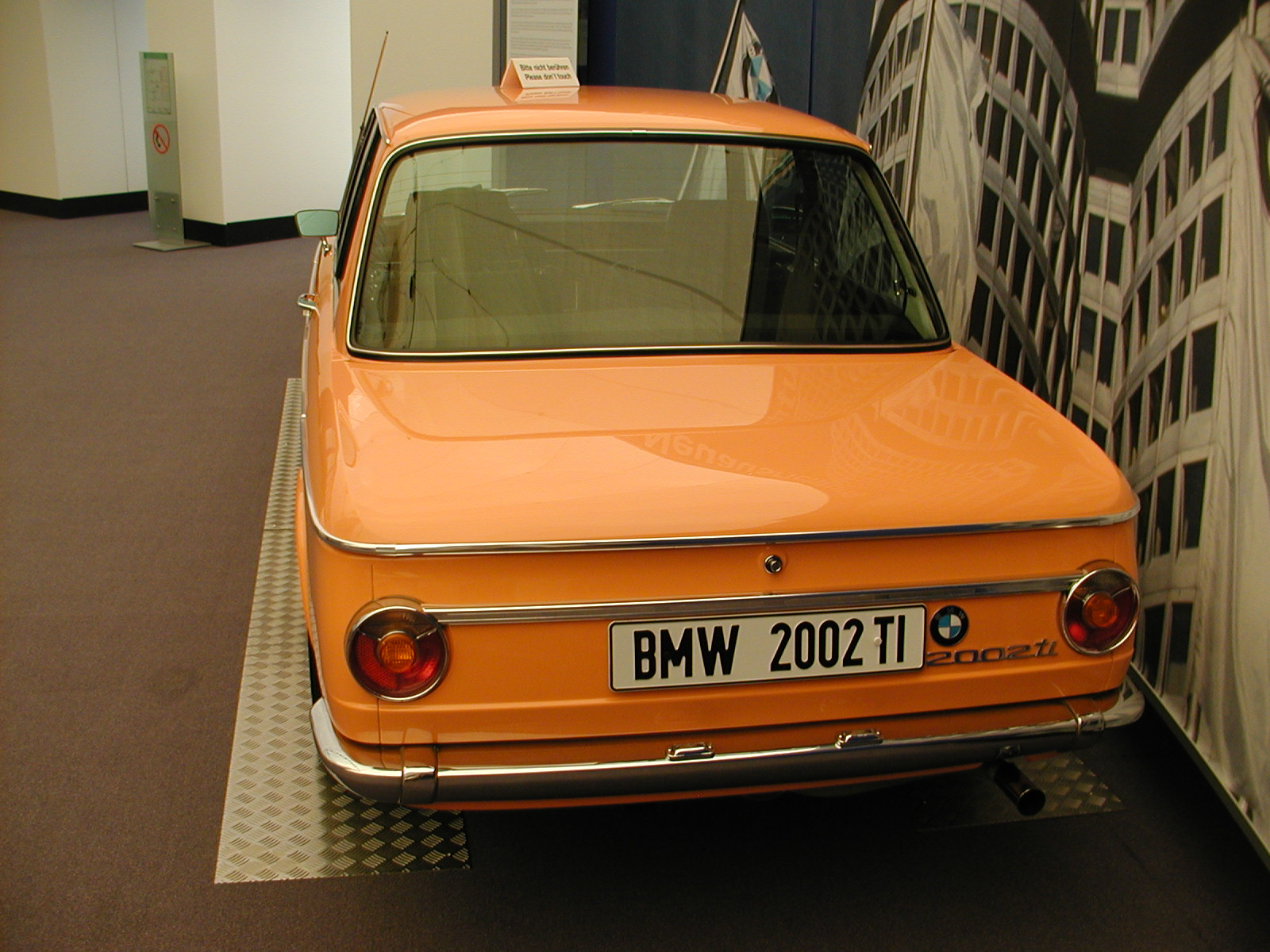 BMW 2002ti photo 01