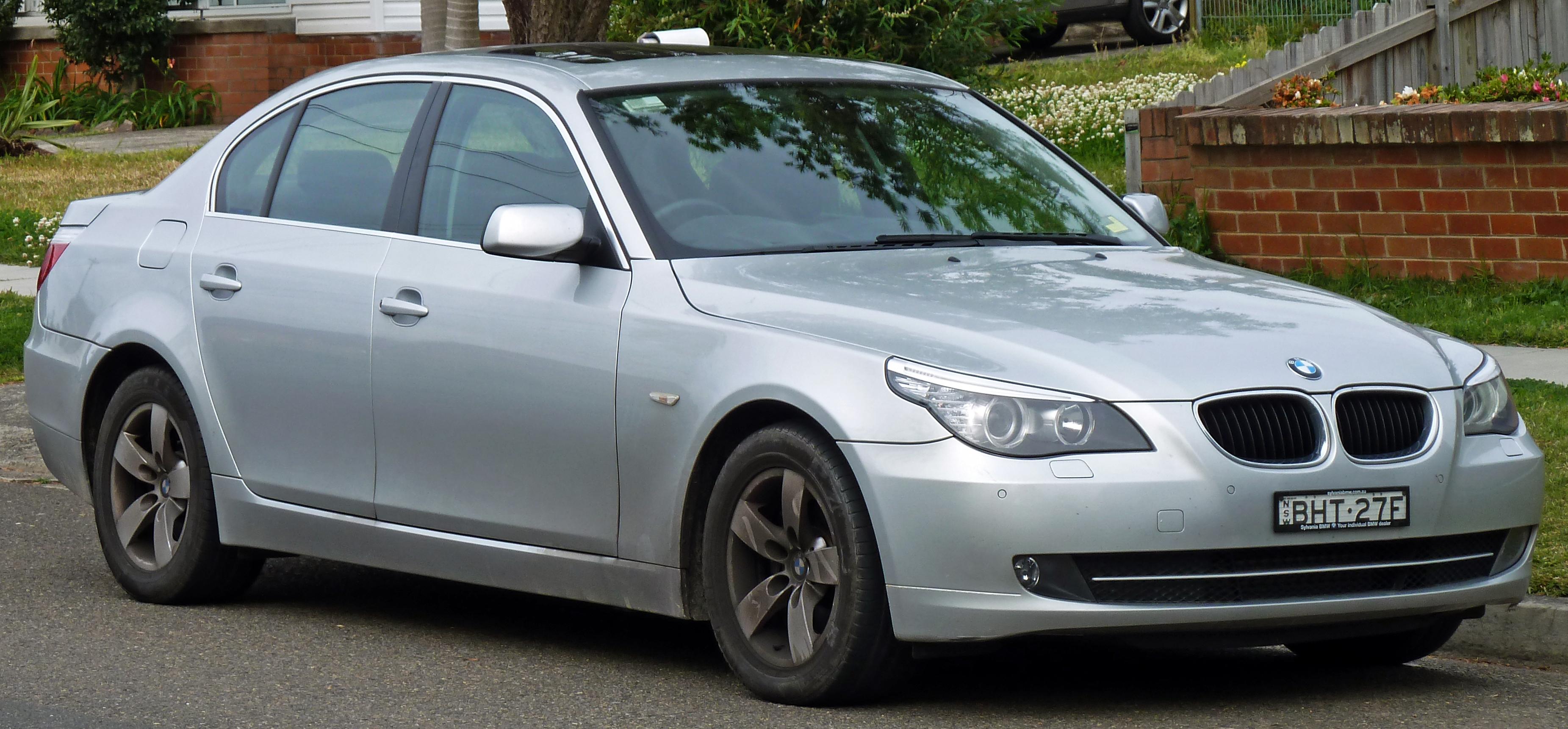BMW 520d Photo 01