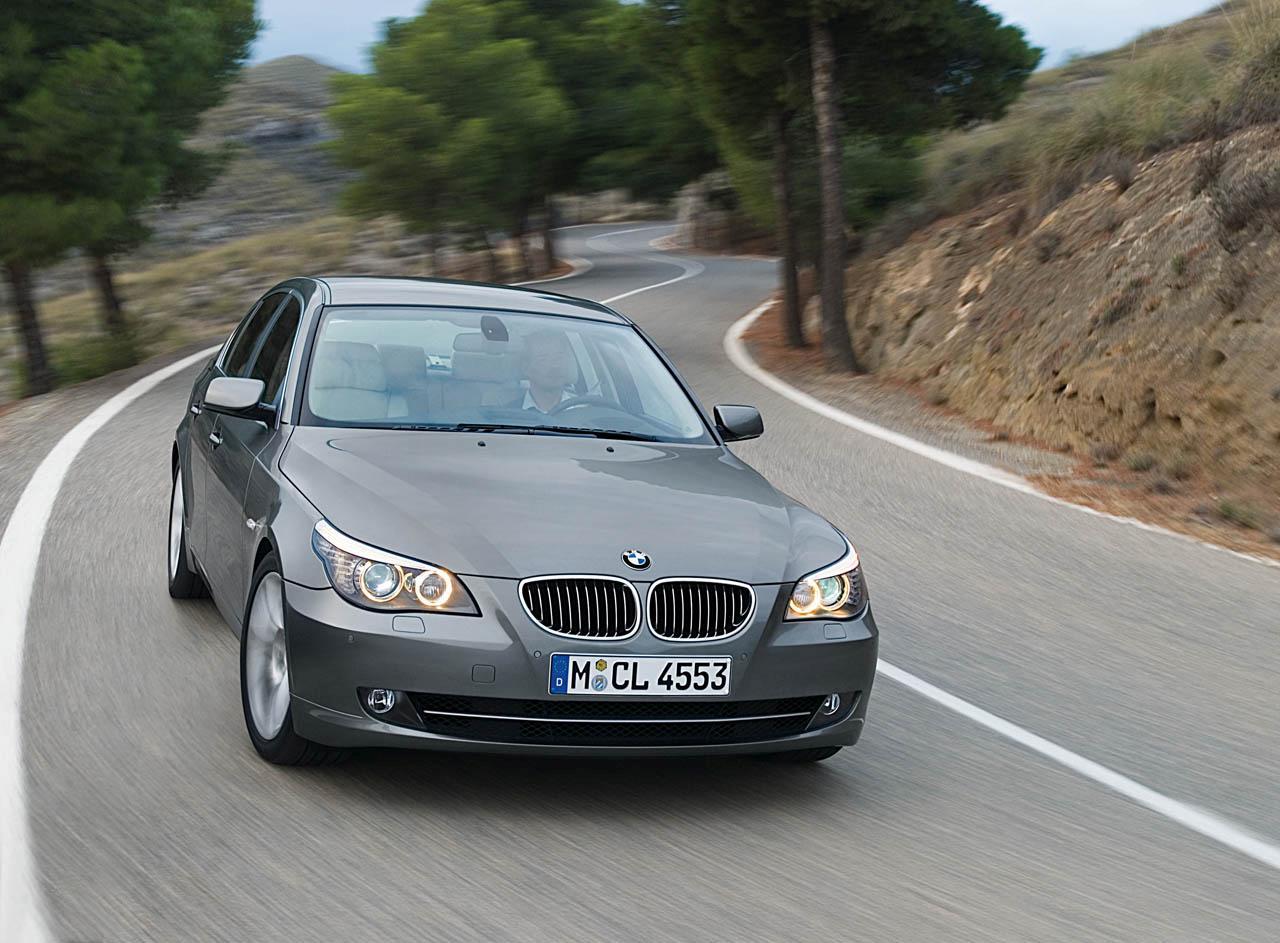 BMW 520i Photo 01
