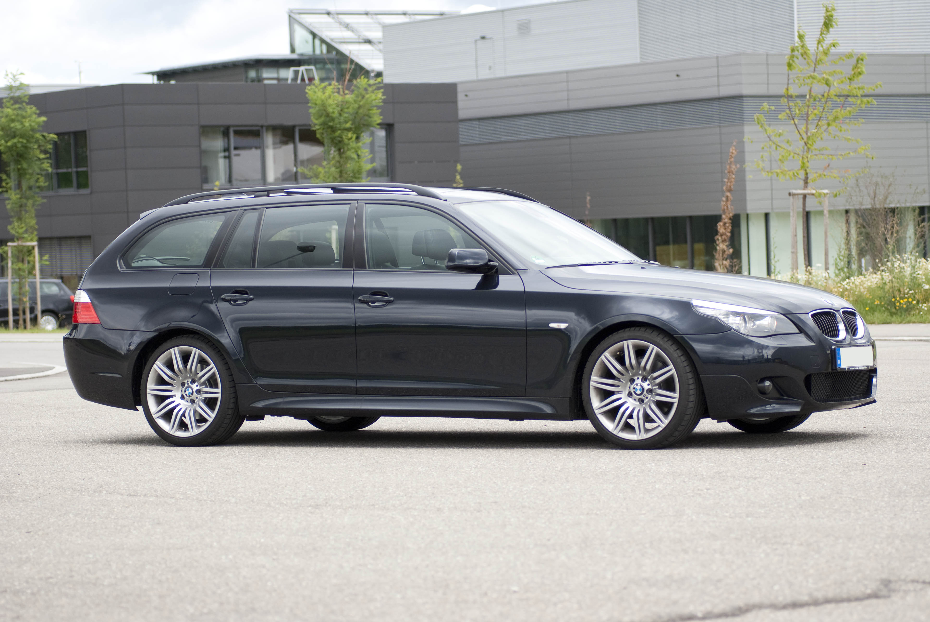 bmw 530d touring technical details history photos on better parts ltd. Black Bedroom Furniture Sets. Home Design Ideas