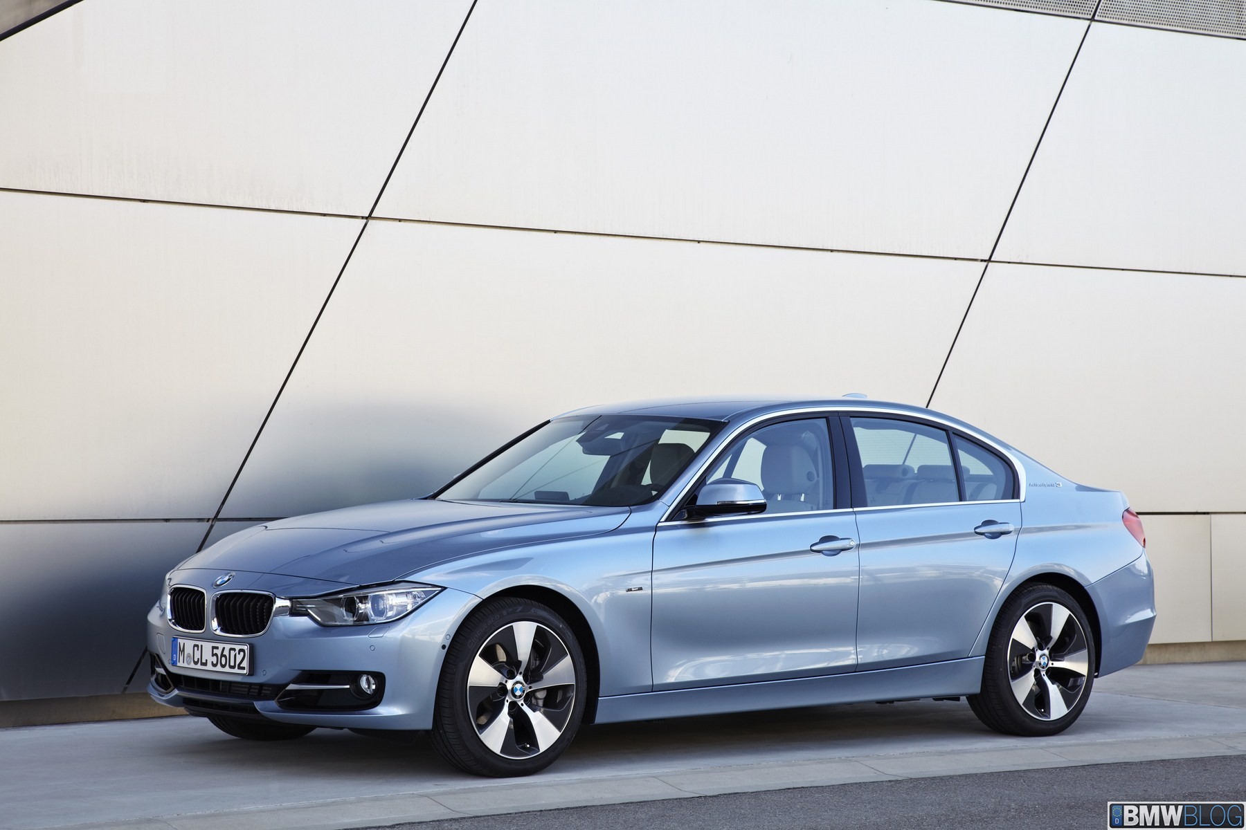 Bmw activehybrid 3 photo 01