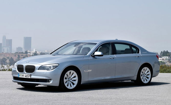 BMW ActiveHybrid 7 photo 02