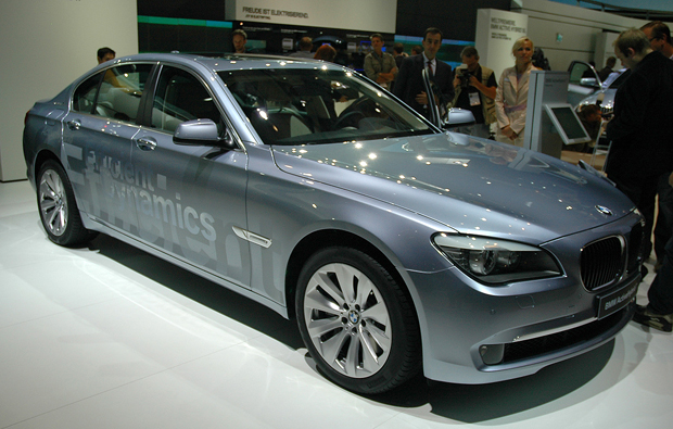 BMW ActiveHybrid 7 photo 11