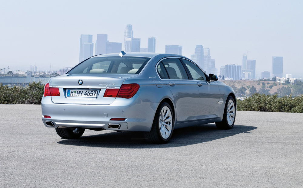 BMW ActiveHybrid 7 photo 12