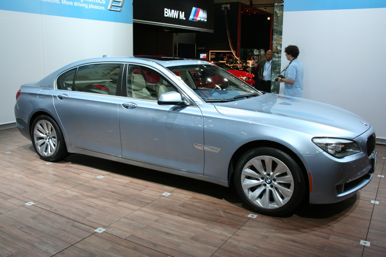 BMW ActiveHybrid 7 photo 13