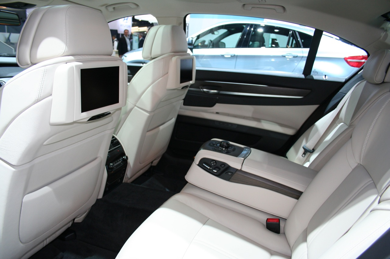 BMW ActiveHybrid 7 photo 16