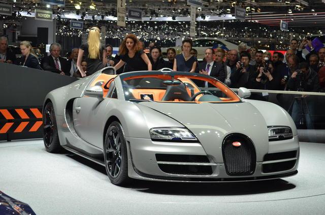 bugatti veyron grand sport vitesse photos 5 on better. Black Bedroom Furniture Sets. Home Design Ideas