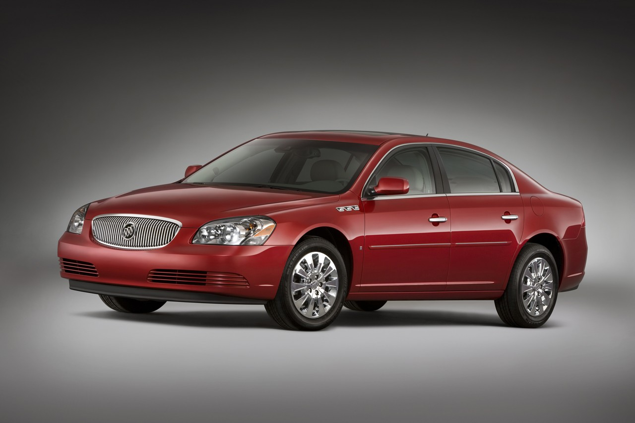 Buick Lucerne photo 03