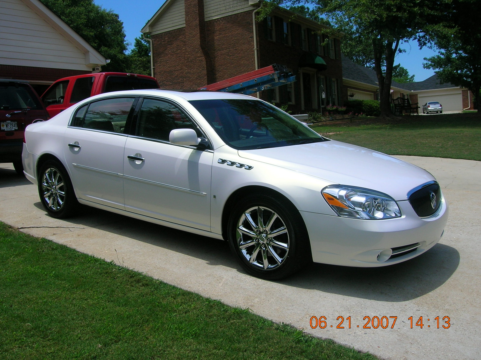 Buick Lucerne photo 06