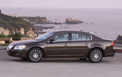 Buick Lucerne photo 08