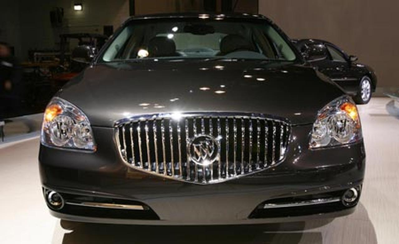 Buick Lucerne photo 09