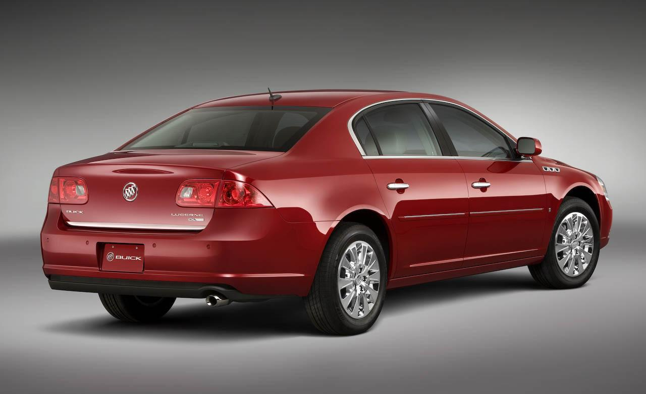 Buick Lucerne photo 10