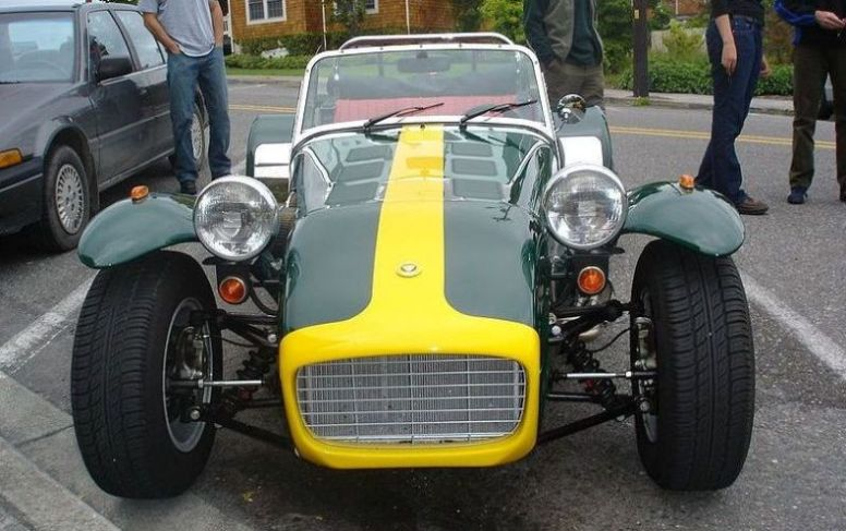 Caterham Classic 7 photo 02