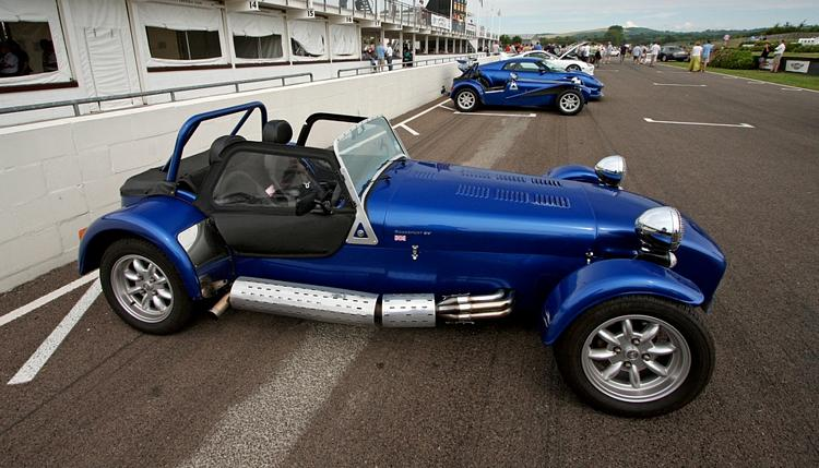Caterham Roadsport photo 01