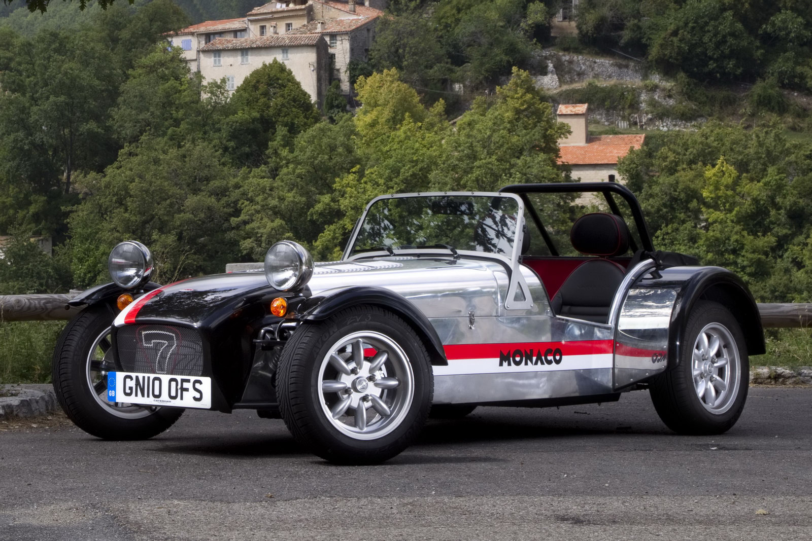 Caterham Roadsport photo 04