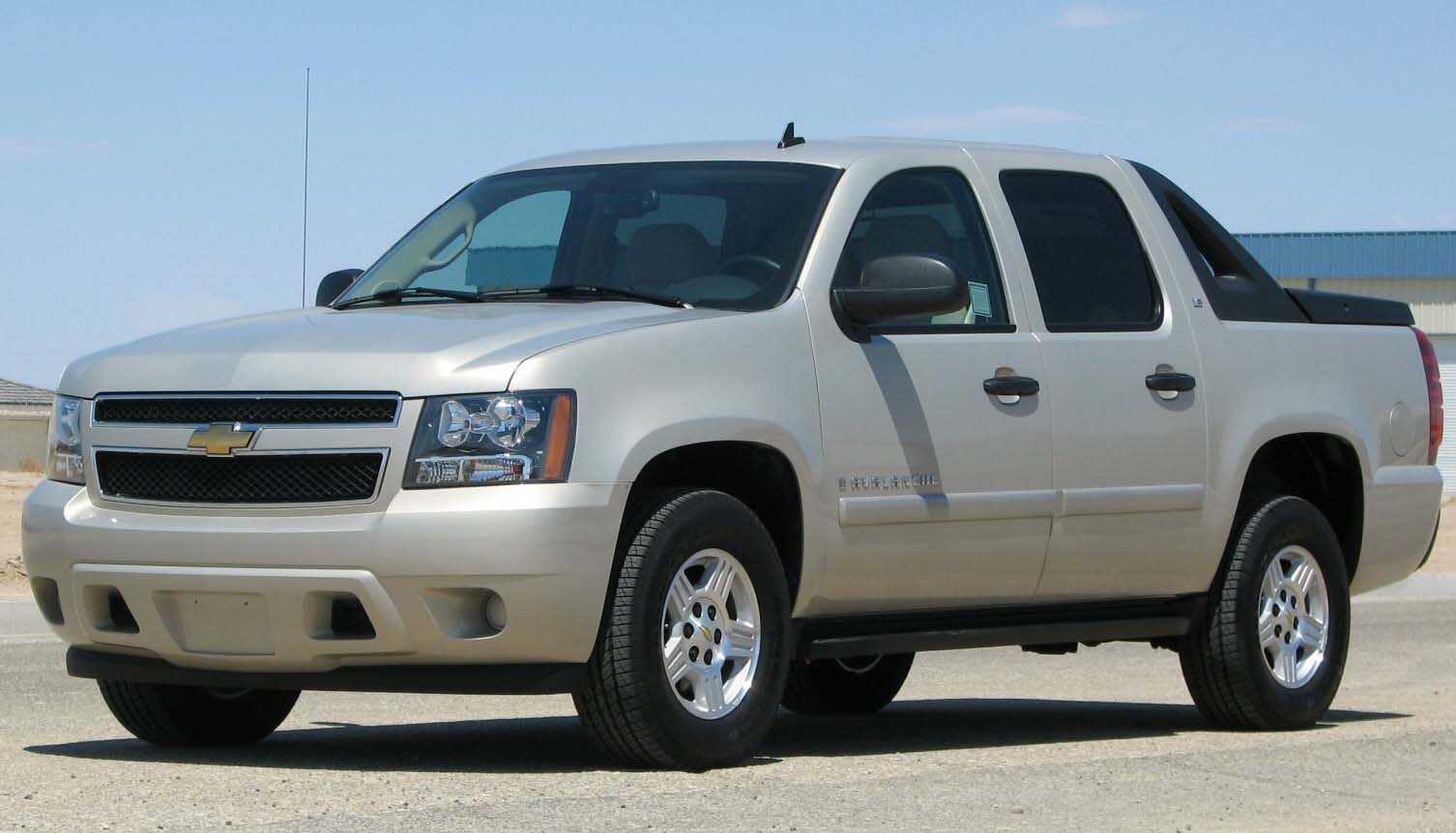 Chevrolet Avalanche photo 14