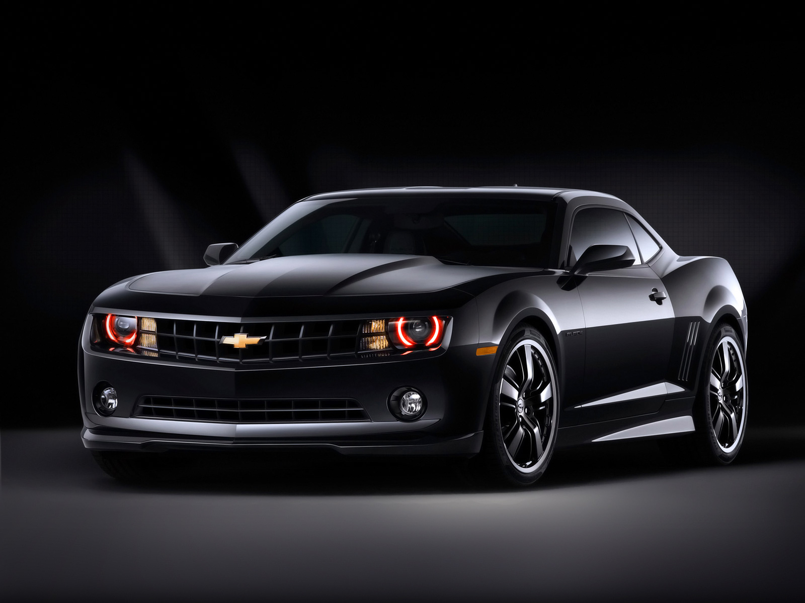 Chevrolet Camaro photo 02