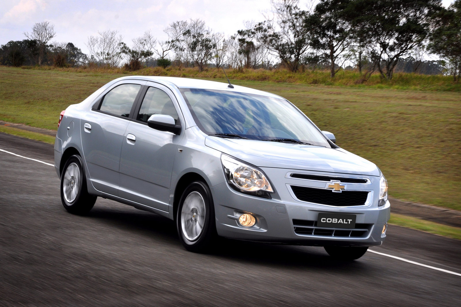 Chevrolet Cobalt photo 03