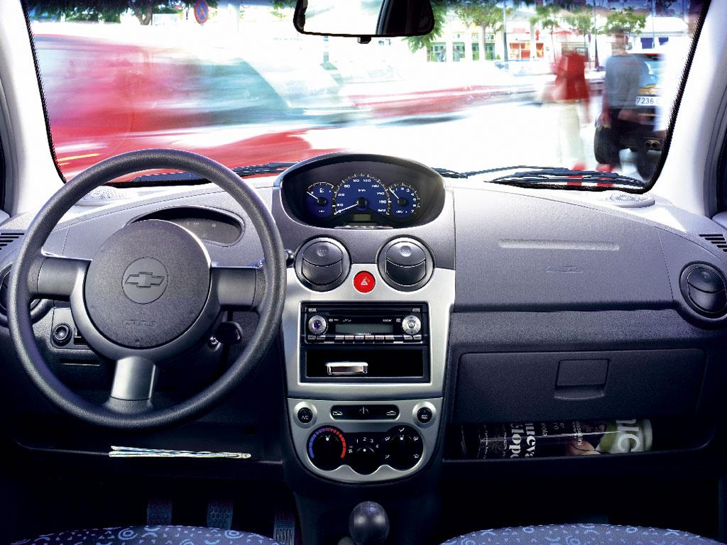 Chevrolet matiz history photos on better parts ltd for Chevrolet interieur