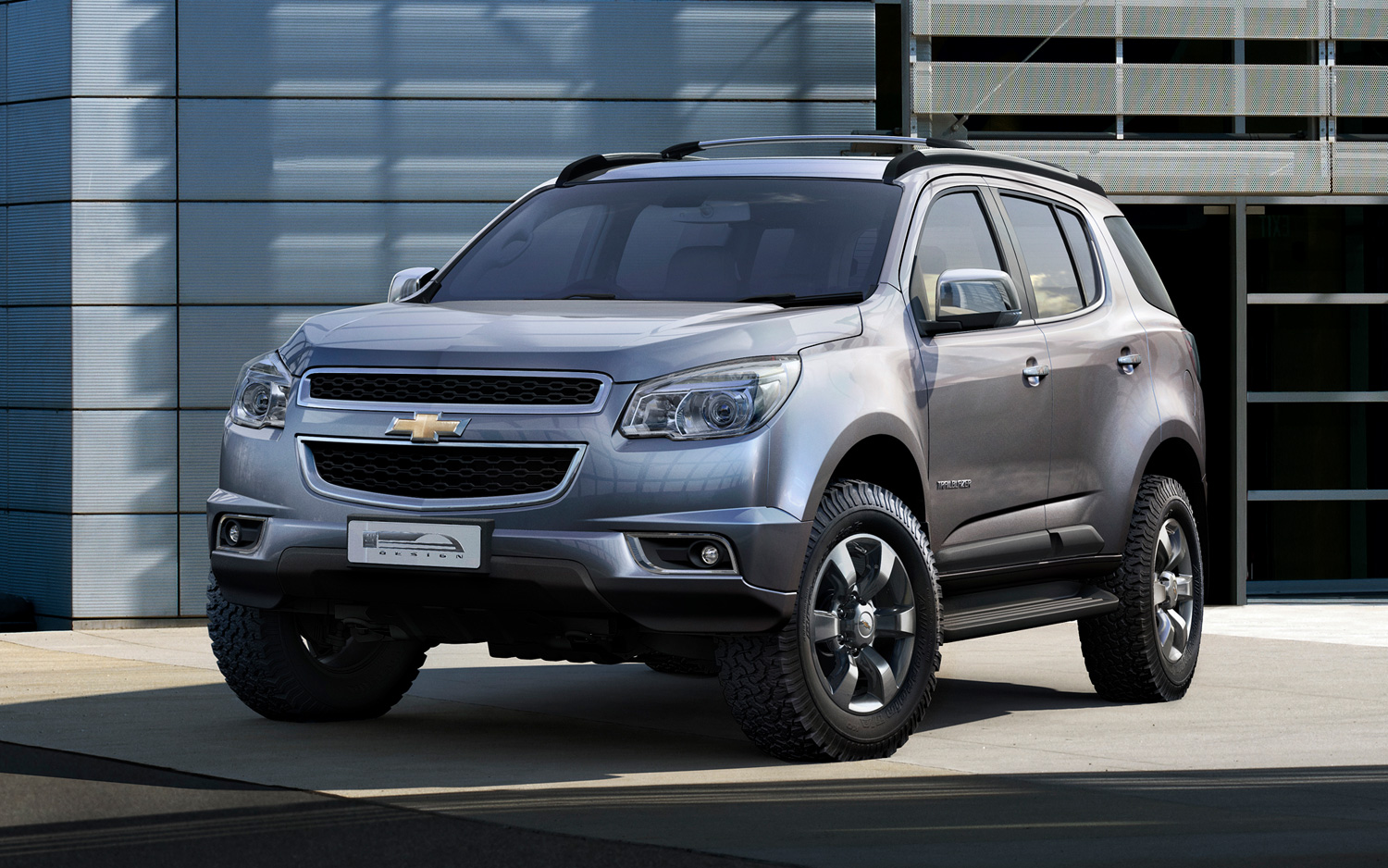 Chevrolet TrailBlazer photo 01