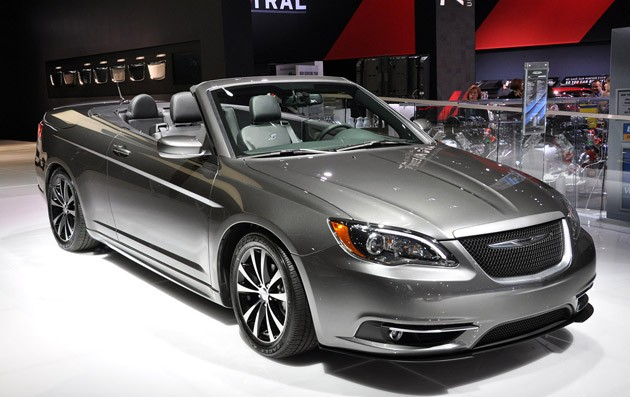 Chrysler 200 Cabrio technical details history photos on Better