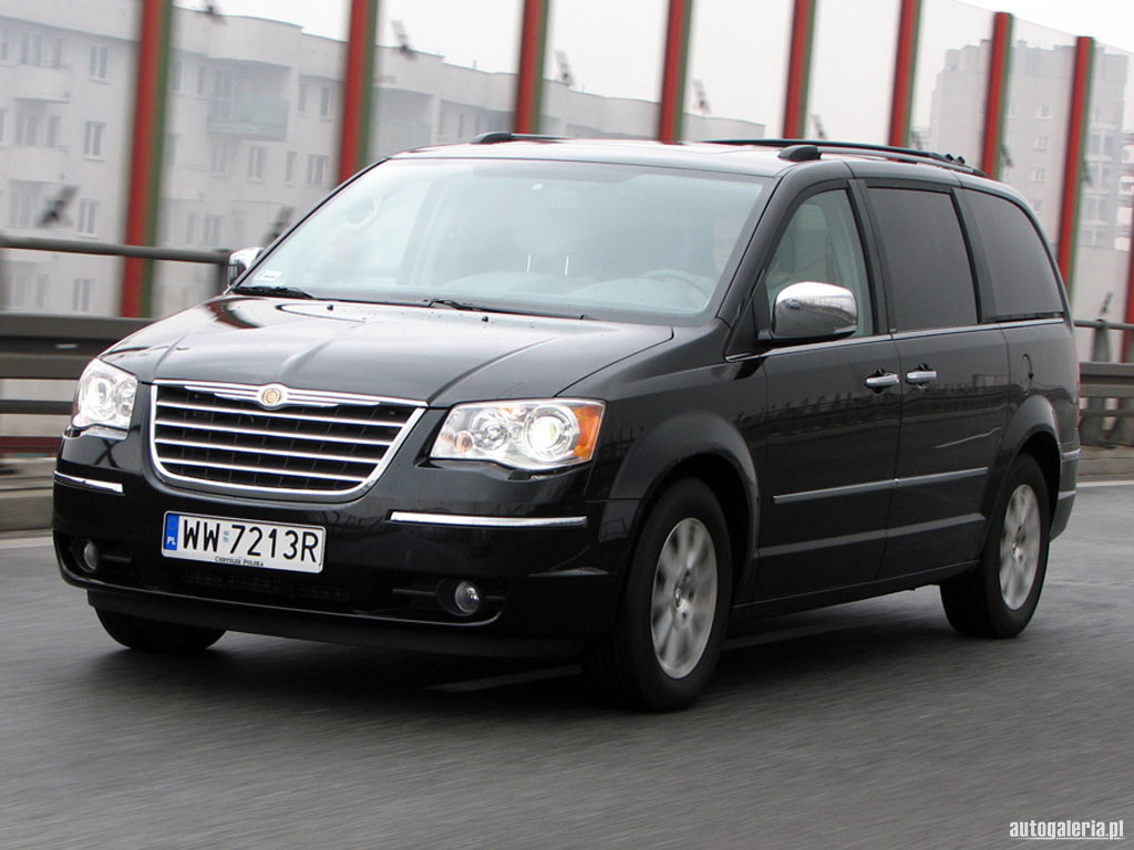 Chrysler Grand Voyager 2.8 CRD photo 04