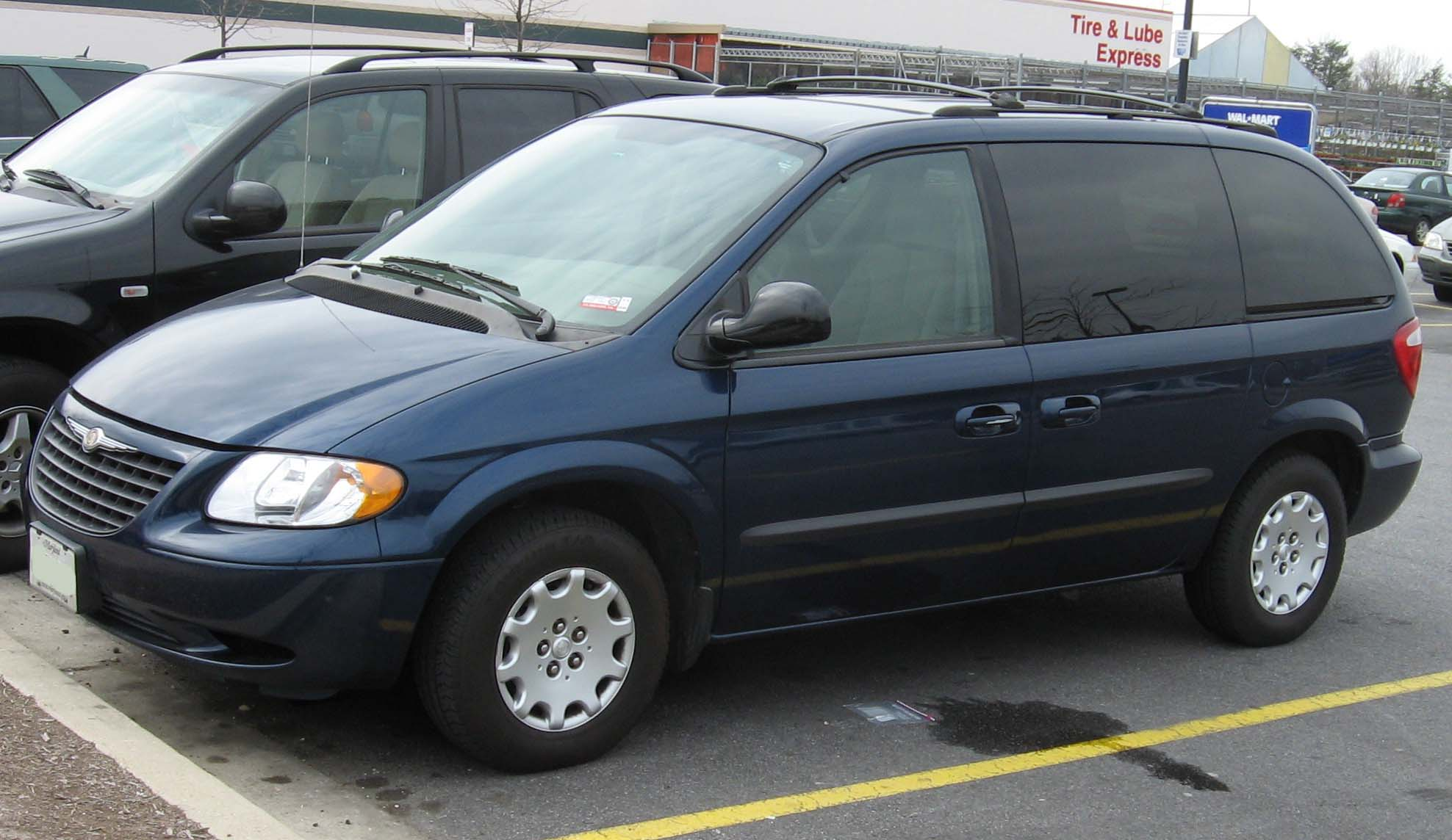 Chrysler Voyager photo 01
