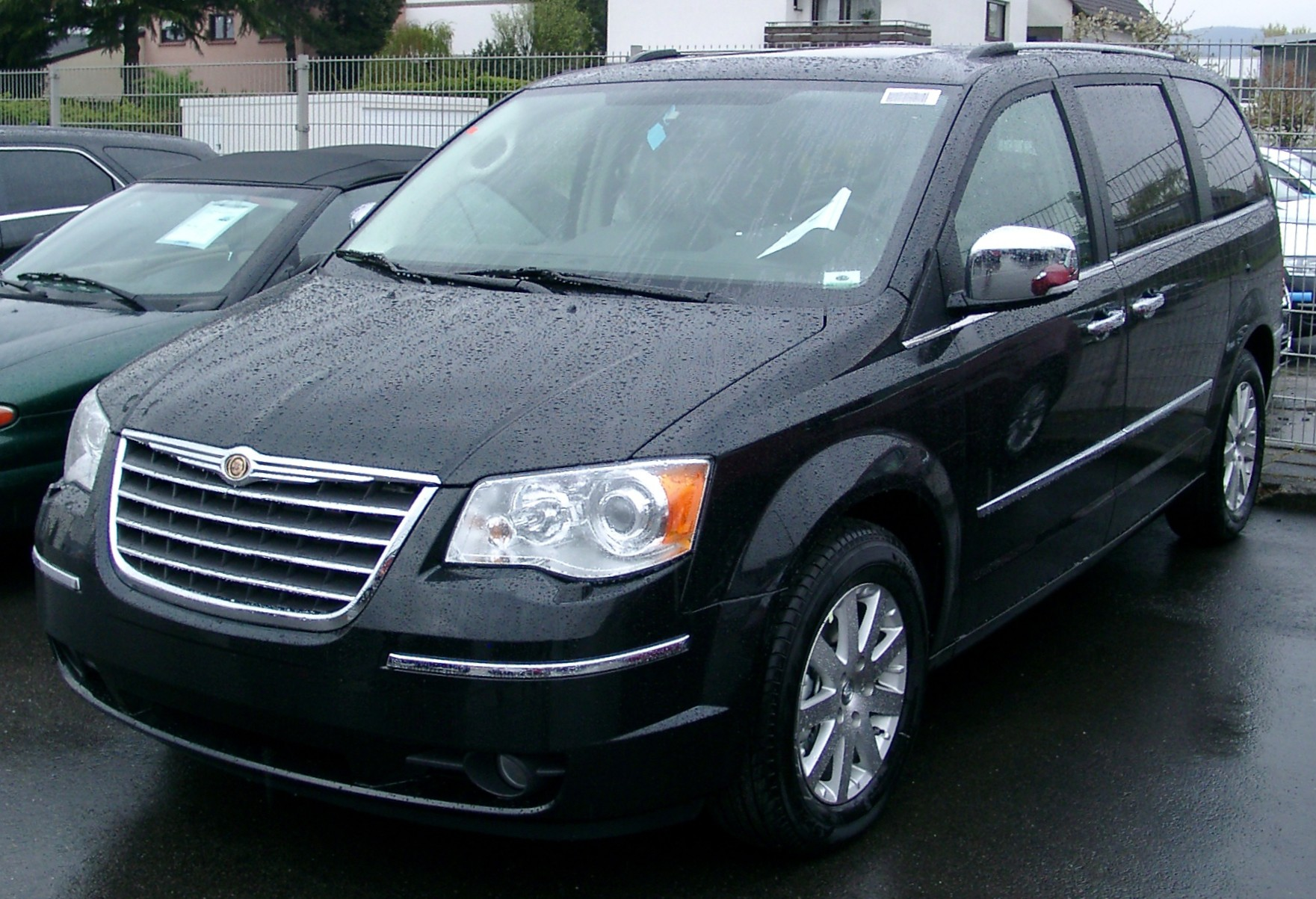 Chrysler Voyager photo 02