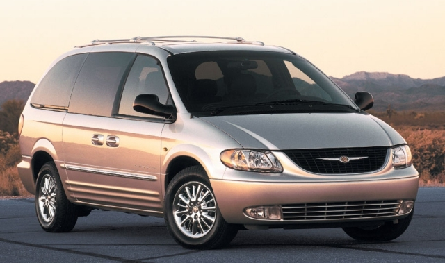 Chrysler Voyager photo 03