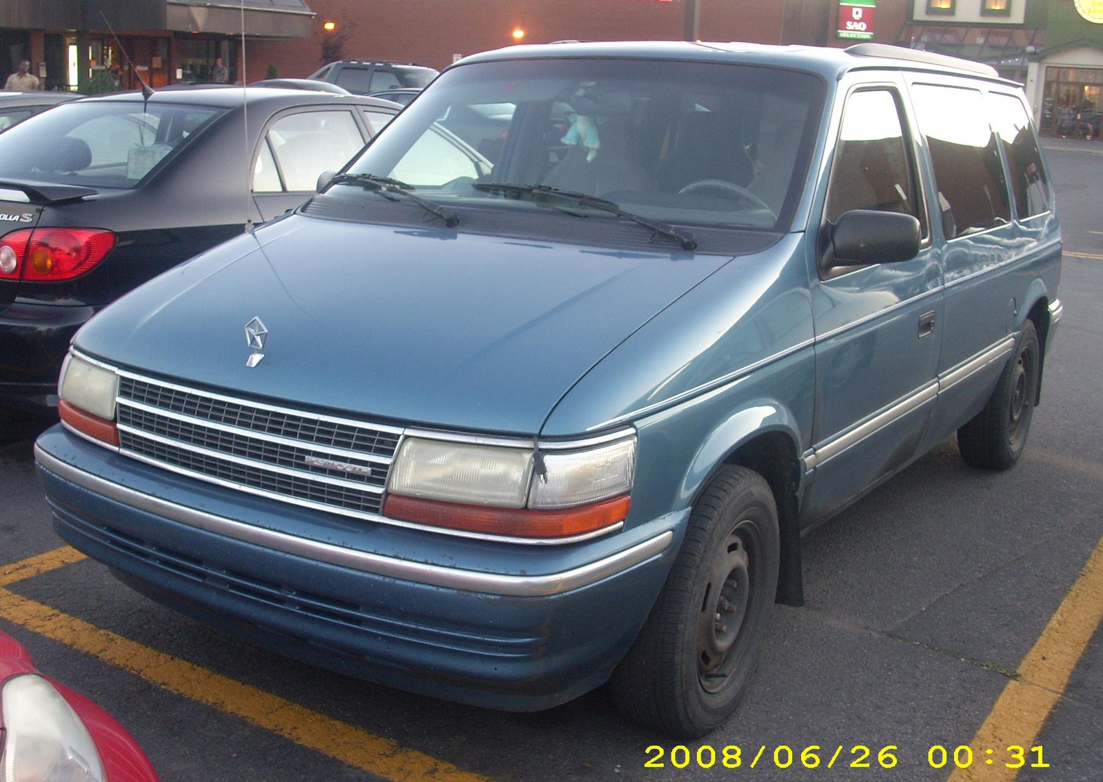Chrysler Voyager photo 12