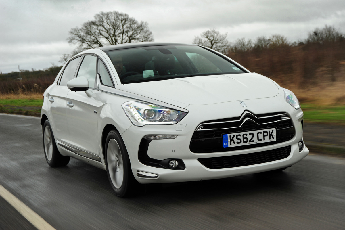 Citroen DS5 Hybrid4 photo 09