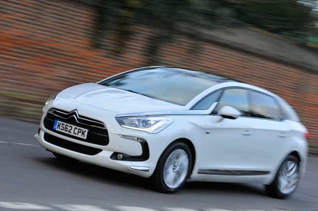 Citroen DS5 Hybrid4 photo 11