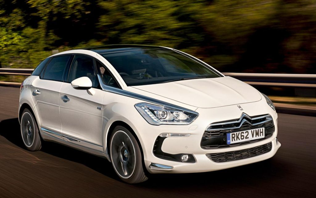 Citroen DS5 Hybrid4 photo 17