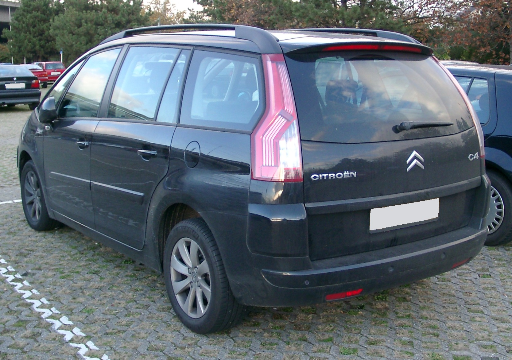 citroen grand c4 picasso technical details history. Black Bedroom Furniture Sets. Home Design Ideas