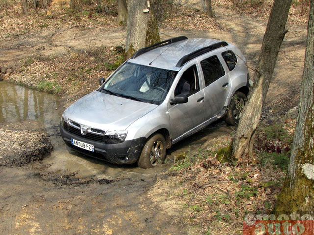 Dacia Duster dCi 110 photo 02