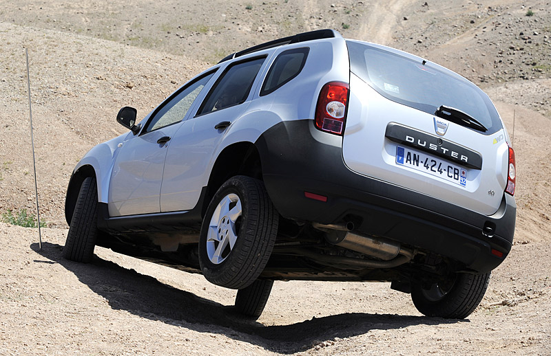 Dacia Duster dCi 110 photo 03