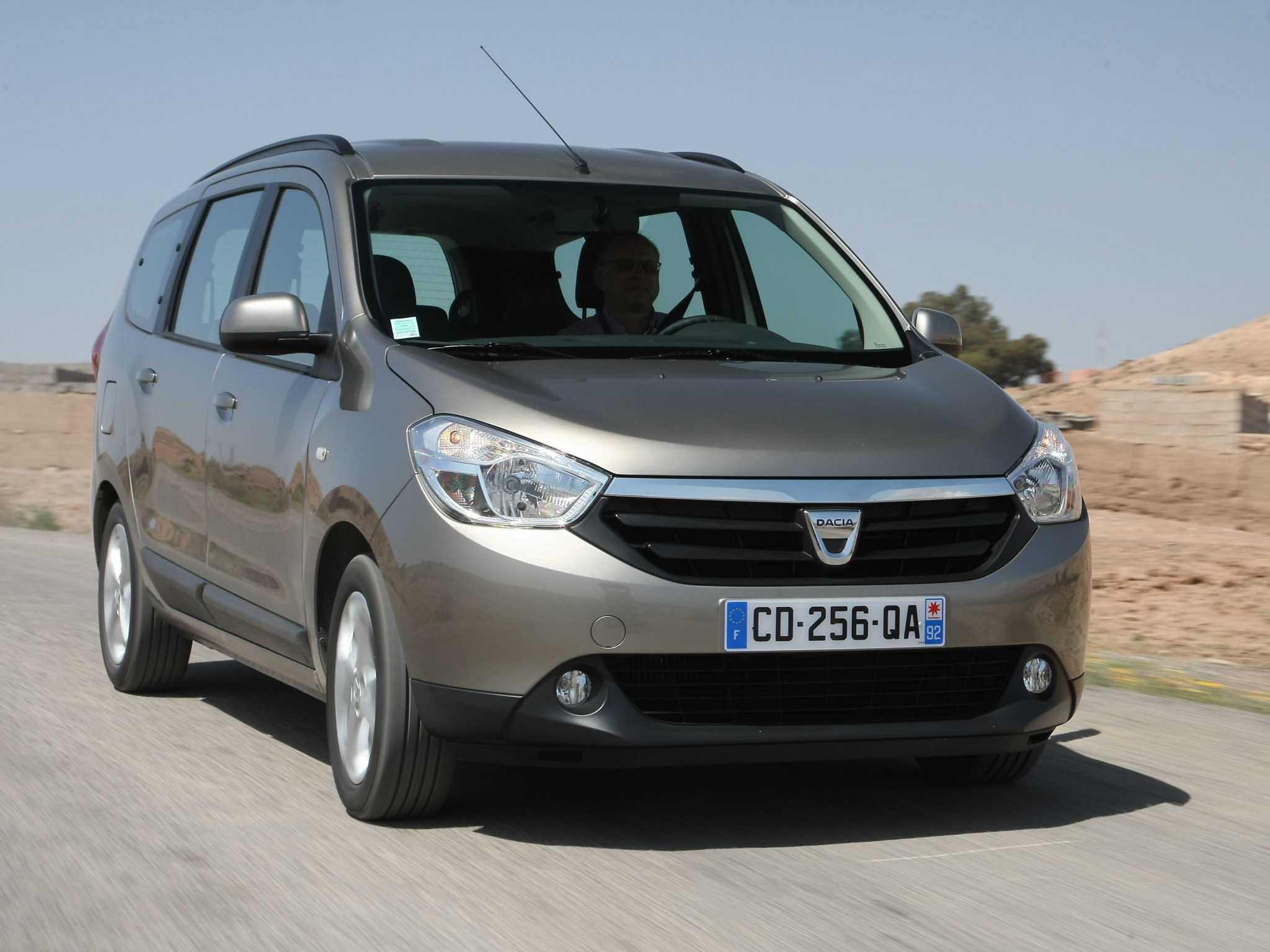Dacia Lodgy photo 08