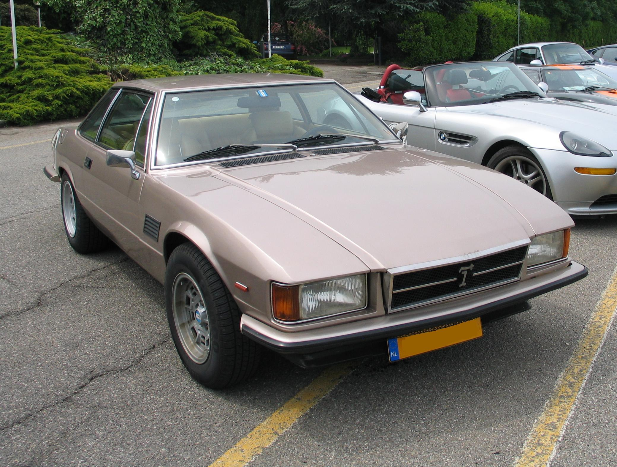 De-Tomaso Longchamp photo 03