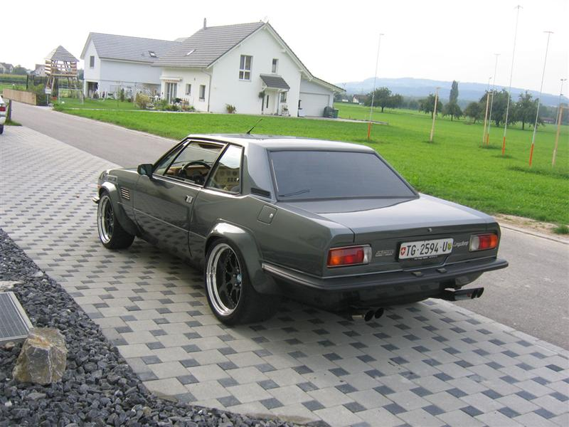 De-Tomaso Longchamp photo 08