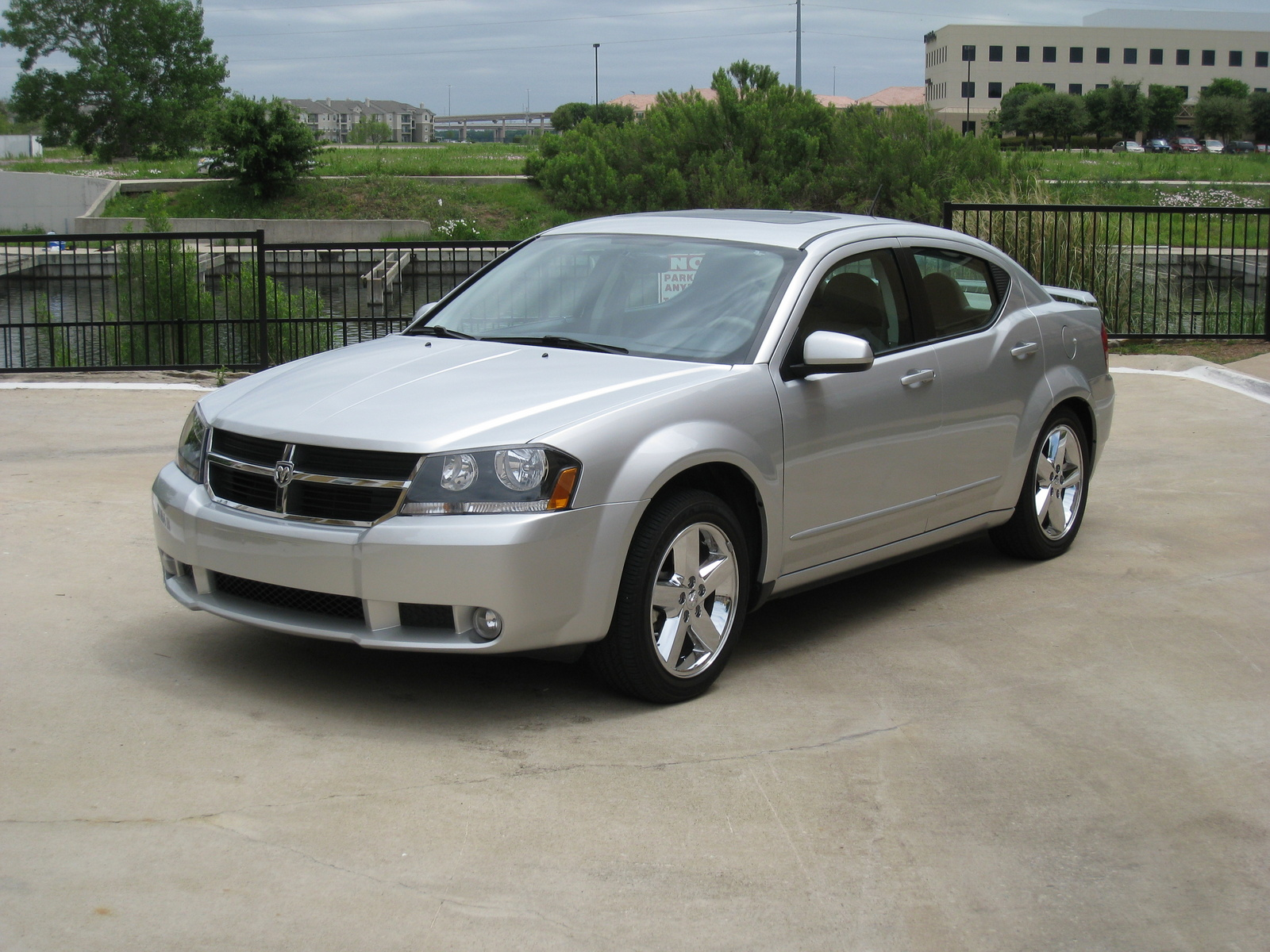 Dodge avenger photo 03