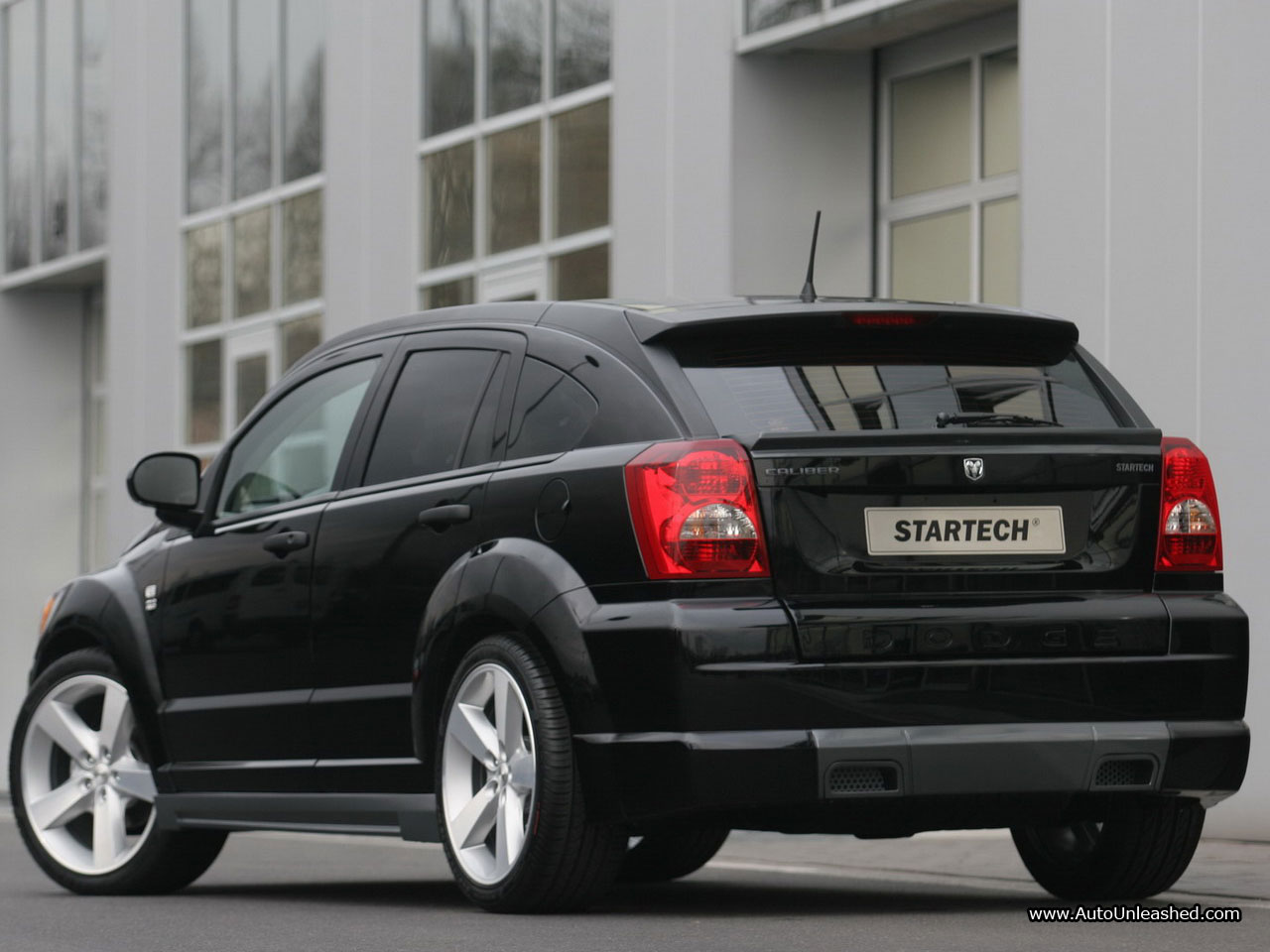 Dodge Caliber photo 05