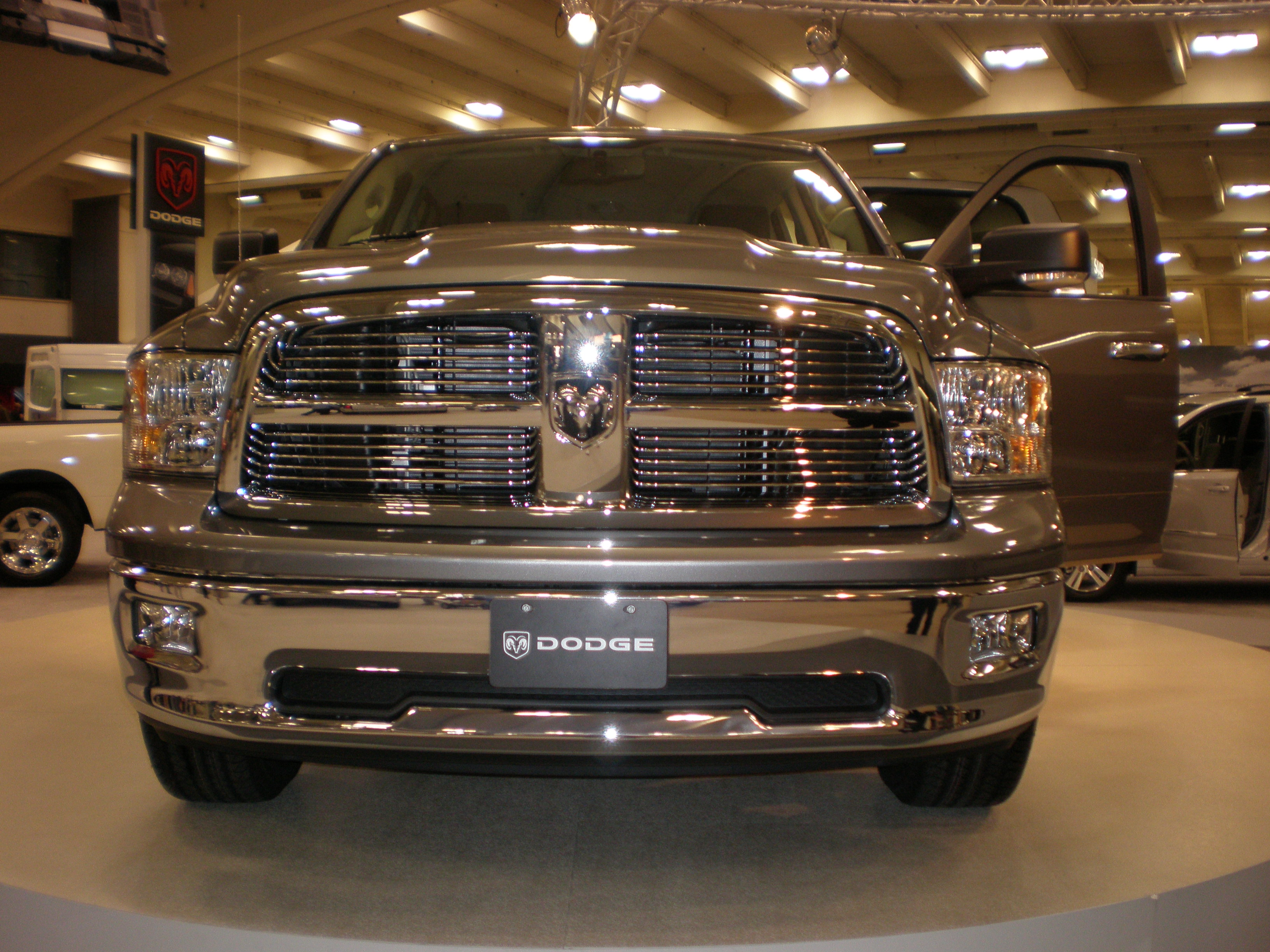 Dodge RAM photo 12