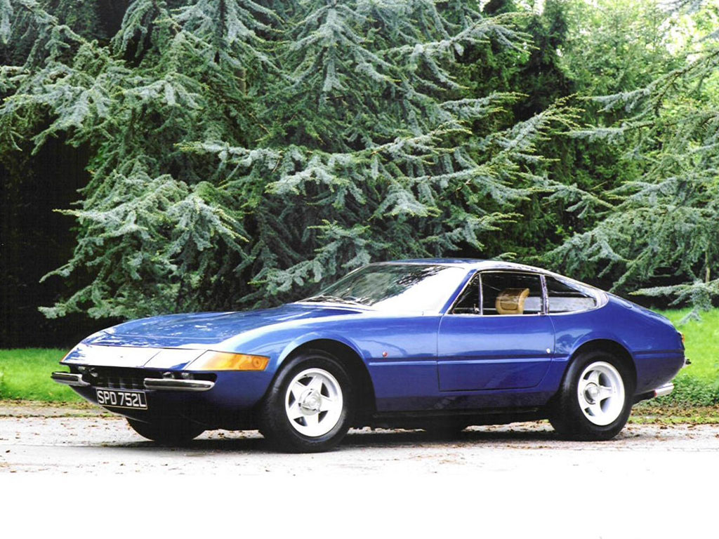 Ferrari Daytona photo 02