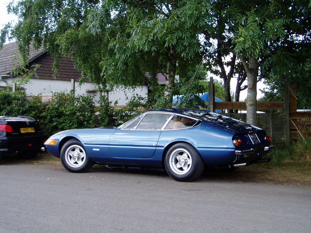Ferrari Daytona photo 11