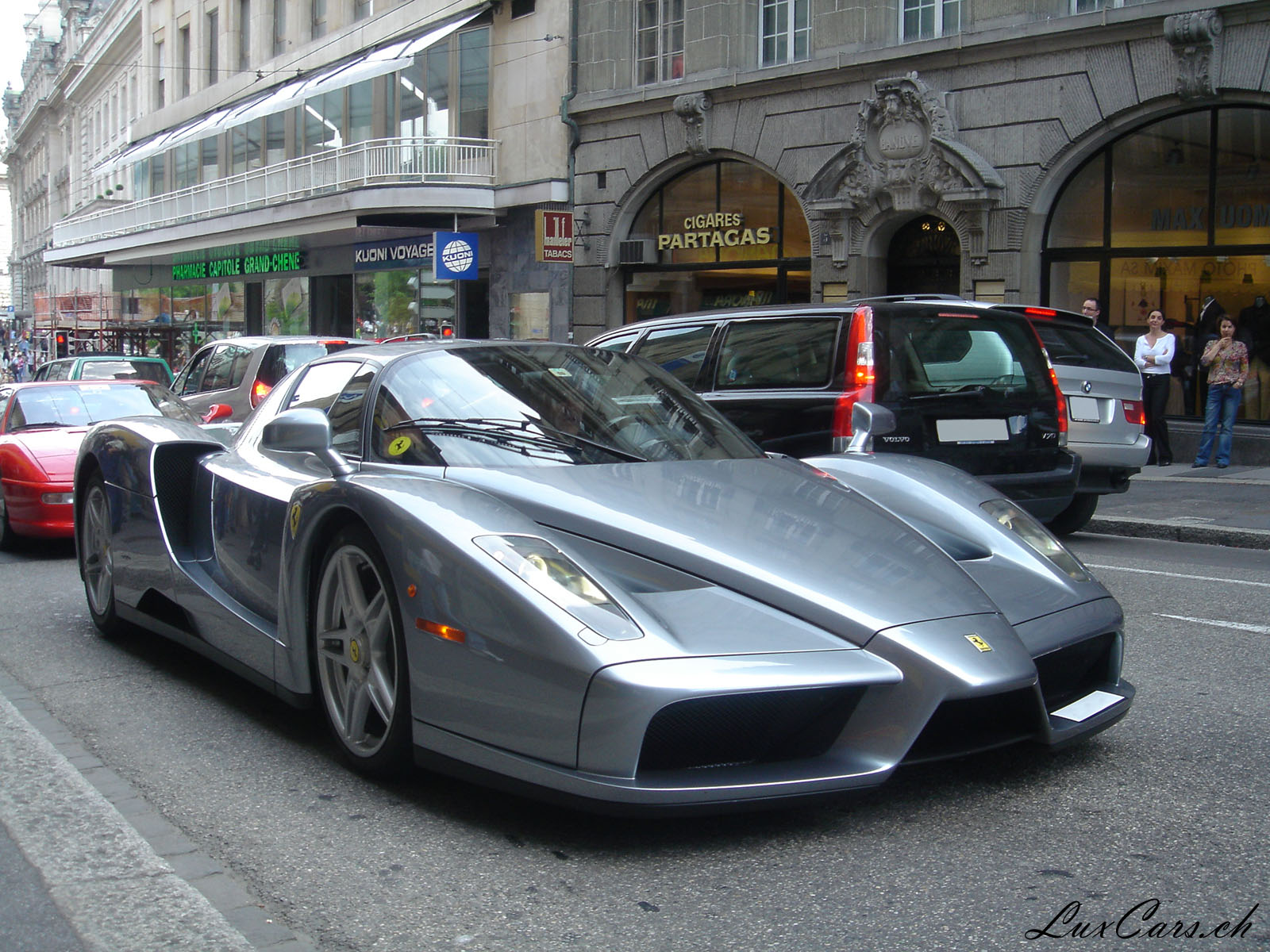Ferrari Enzo photo 15